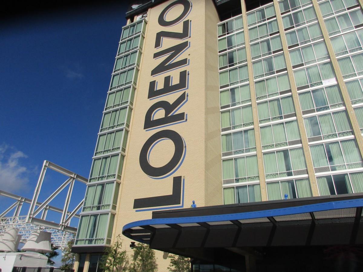 05-02-07-01-Lorenzo-Hotel