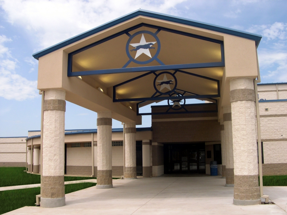 05-03-05-01-Peaster-High-School