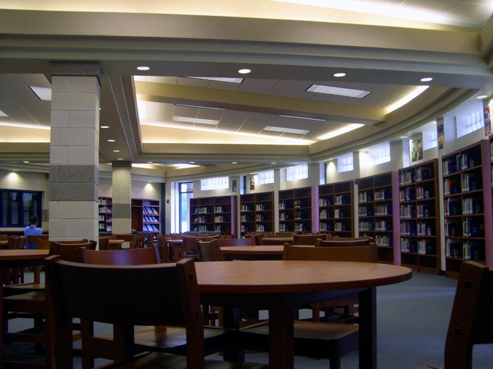 05-03-05-04-Peaster-High-School
