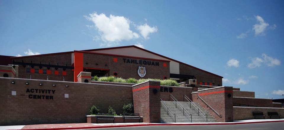 05-03-08-01-Tahlequah-High-Student-Activity-Center