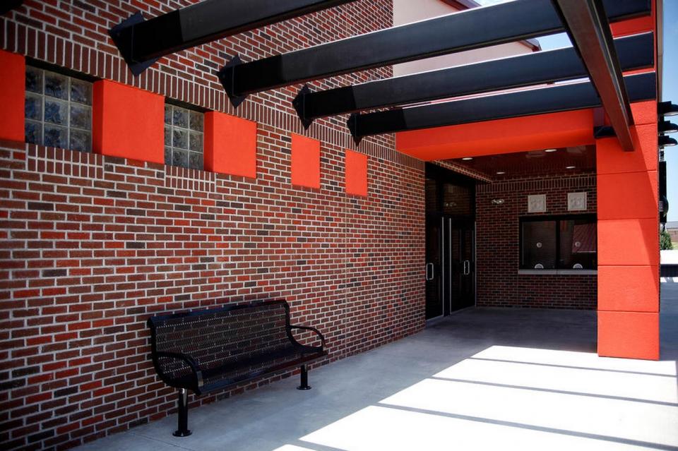 05-03-08-06-Tahlequah-High-Student-Activity-Center
